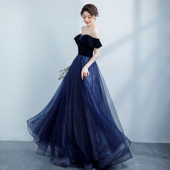 Modest / Simple Navy Blue Prom Dresses 2021 A-Line / Princess Suede Off-The-Shoulder Glitter Short Sleeve Backless Floor-Length / Long Formal Dresses