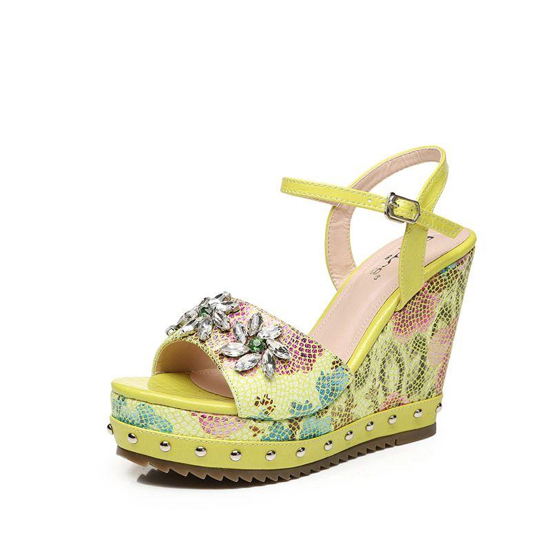Chic / Beautiful Outdoor / Garden Sandals 2017 PU Rhinestone Rivet Wedges Open / Peep Toe Womens Sandals