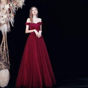 Sencillos Borgoña Bailando Vestidos de gala 2021 A-Line / Princess Fuera Del Hombro Manga Corta Cinturón Largos Plisado Sin Espalda Vestidos Formales