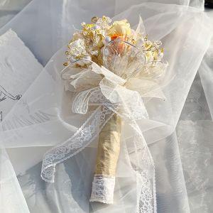 Stylowe / Modne Szampan Bukiety Ślubne 2020 Wykonany Ręcznie Frezowanie Kryształ Kwiat Perła Koronkowe Tiulowe Metal ślubna Ślub Bal Akcesoria