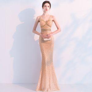 Brillante Champán Vestidos de noche 2019 Trumpet / Mermaid Crystal Lentejuelas V-Cuello Sin Mangas Sin Espalda Largos Vestidos Formales