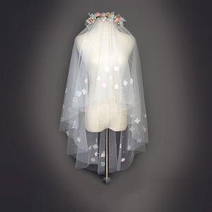 Schöne 2017 1.5 m Weiß Applikationen Tülle Spitze Brautschleier