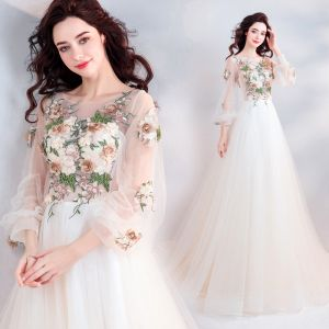 Elegant Champagne Prom Dresses 2019 A-Line / Princess Scoop Neck Beading Lace Flower Appliques Long Sleeve Backless Court Train Formal Dresses