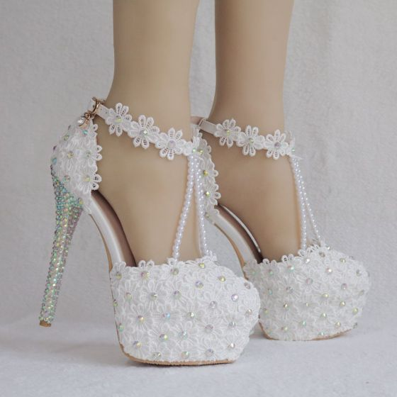 Elegante Witte Bruidsschoenen 2018 Kant Bloem Enkelband Parel Rhinestone 14 cm Naaldhakken / Stiletto Ronde Neus Huwelijk Hoge Hakken