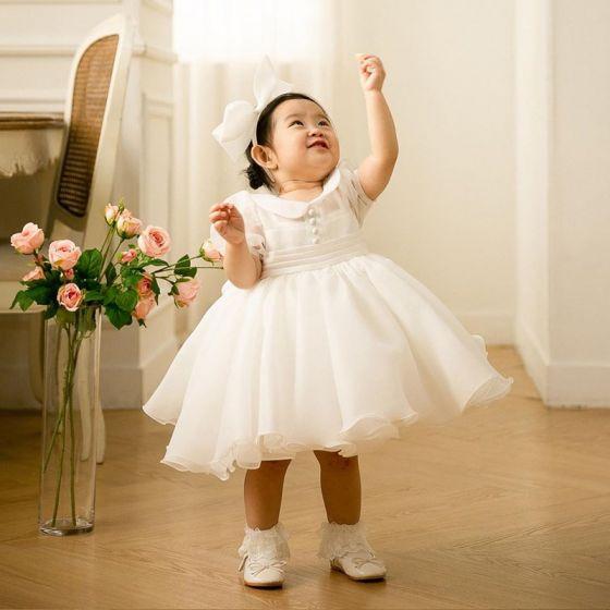 Piękne Białe Organza Sukienki Dla Dziewczynek 2020 Suknia Balowa Wycięciem Bufiasta Kótkie Rękawy Kokarda Krótkie Wzburzyć Sukienki Na Wesele