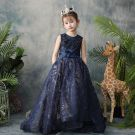Classy Navy Blue Flower Girl Dresses 2019 A-Line / Princess Scoop Neck Sleeveless Feather Appliques Lace Beading Glitter Sequins Sash Detachable Watteau Train Ruffle Wedding Party Dresses