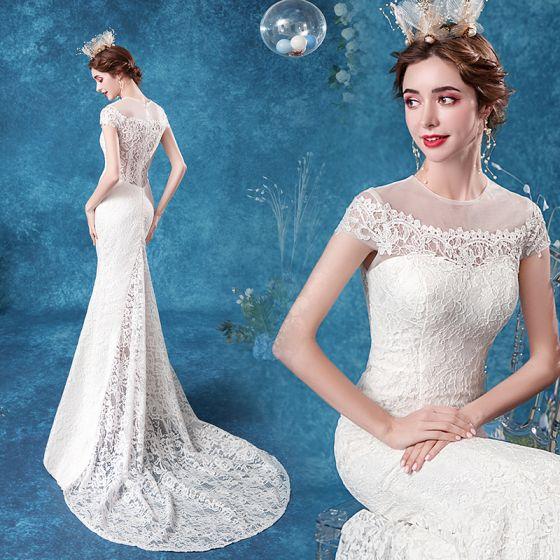 Elegante Ivory / Creme Spitze Brautkleider / Hochzeitskleider 2020 Meerjungfrau Rundhalsausschnitt Spitze Blumen Ärmel Rückenfreies Sweep / Pinsel Zug