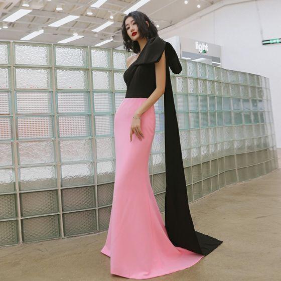 Deux tons Noire Rose Bonbon Robe De Soirée 2020 Trompette / Sirène Une épaule Noeud Sans Manches Train De Balayage Dos Nu Robe De Ceremonie