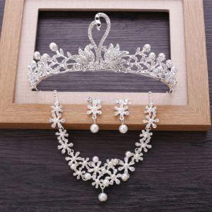 Chic / Belle Argenté Métal Bijoux Mariage 2018 Perle Faux Diamant Boucles D'Oreilles Un Collier Tiare Mariage Accessorize