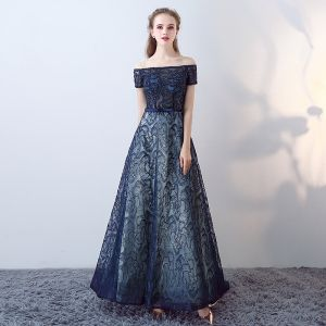 Chic / Beautiful Navy Blue Prom Dresses 2017 Strapless Lace Appliques Backless Embroidered Strappy Printing Evening Dresses
