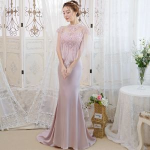 Elegant Blushing Pink See-through Evening Dresses  2019 Trumpet / Mermaid High Neck Short Sleeve Appliques Lace Beading Rhinestone Sweep Train Ruffle Backless Formal Dresses