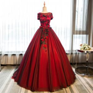 Chic / Beautiful Burgundy Prom Dresses 2017 Ball Gown Butterfly Appliques Artificial Flowers Scoop Neck Backless Short Sleeve Floor-Length / Long Formal Dresses