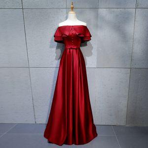 Modest / Simple Burgundy Evening Dresses  2018 A-Line / Princess Buttons Bow Off-The-Shoulder Backless Short Sleeve Floor-Length / Long Formal Dresses