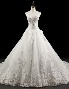 2015 Delicate Appliques Lace Beading Strapless Wedding dresses Bridal Gown