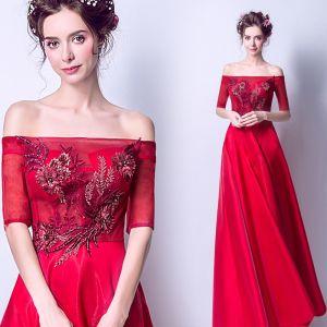Abordable Rouge Robe De Soirée 2019 Princesse De l'épaule 1/2 Manches Appliques En Dentelle Perle Faux Diamant Train De Balayage Volants Dos Nu Robe De Ceremonie