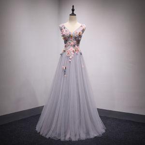 Chic / Belle Gris Robe De Bal 2018 Princesse En Dentelle Fleur Appliques Noeud Perlage V-Cou Dos Nu Sans Manches Longue Robe De Ceremonie