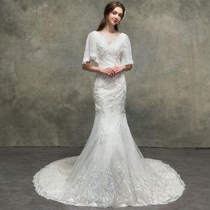 Luxus / Herrlich Ivory / Creme Brautkleider / Hochzeitskleider 2018 Meerjungfrau Perlenstickerei Spitze Blumen V-Ausschnitt 1/2 Ärmel Hof-Schleppe Hochzeit