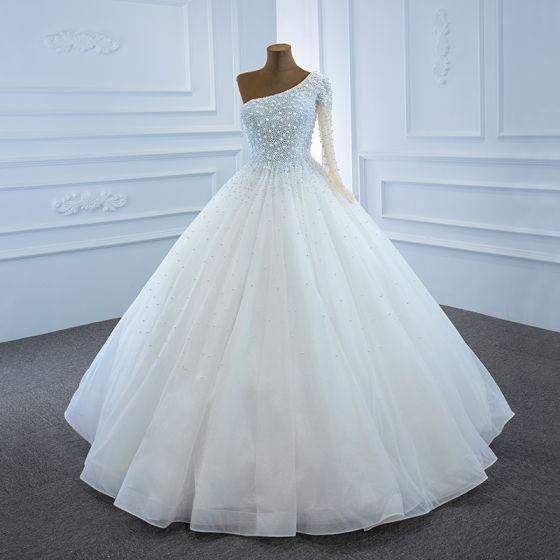 Luxury / Gorgeous White Bridal Wedding Dresses 2020 Ball Gown One-Shoulder Long Sleeve Backless Handmade  Beading Pearl Floor-Length / Long Ruffle