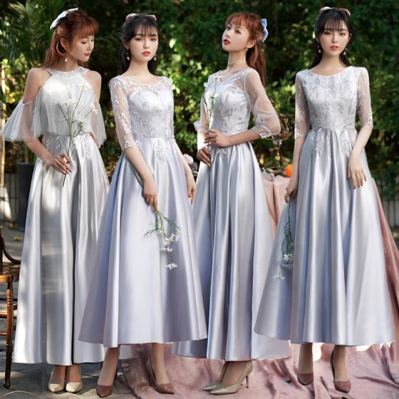 Eleganckie Srebrny Szary Satyna Sukienki Dla Druhen 2021 Princessa Wycięciem Z Koronki Kwiat 1/2 Rękawy Bez Pleców Długość Kostki Sukienki Na Wesele