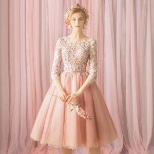 Modern / Fashion Blushing Pink Honeymoon Graduation Dresses 2018 A-Line / Princess Lace Flower Bow Beading Scoop Neck 3/4 Sleeve Knee-Length Formal Dresses