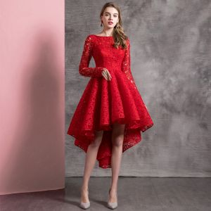 Hermoso Color Sólido Rojo Vestidos de cóctel 2019 A-Line / Princess Scoop Escote De Encaje Flor Manga Larga Asimétrico Vestidos Formales