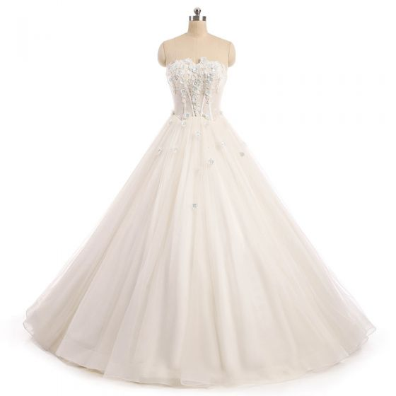 Chic / Beautiful Champagne Wedding Dresses 2017 Ball Gown Beading Lace Flower Pearl Sweetheart Backless Sleeveless Floor-Length / Long Wedding