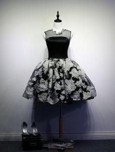 Kleines Schwarzes Kleid 2016 Rundhalsausschnitt Gedruckte Blumen Tüll Cocktailkleider