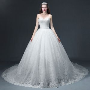 Luxury / Gorgeous Ivory Lace Wedding Dresses 2017 Ball Gown Sweetheart Sleeveless Backless Sash Chapel Train