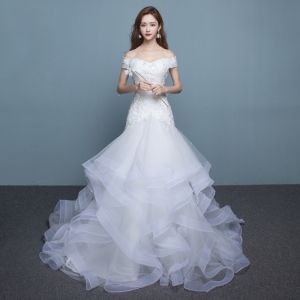 Chic / Beautiful Hall Wedding Dresses 2017 Lace Appliques Sequins Pearl Backless Off-The-Shoulder Sweetheart Short Sleeve Chapel Train White Trumpet / Mermaid