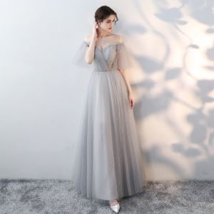 Modest / Simple Grey Prom Dresses 2019 A-Line / Princess Off-The-Shoulder Ruffle Spotted Short Sleeve Backless Floor-Length / Long Formal Dresses