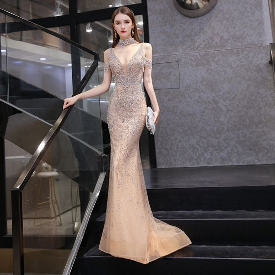 Sexy Luxury / Gorgeous Gold Red Carpet Evening Dresses  2020 Trumpet / Mermaid Deep V-Neck Short Sleeve Handmade  Beading Pearl Sweep Train Ruffle Backless Formal Dresses