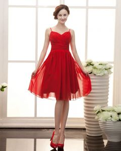 Stylish Ruffle Sweetheart Knee Length Satin Chiffon Bridesmaid Dress