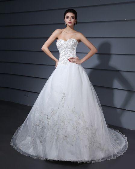 Monark Tag Broderi Garn Axelbandslos A-linje Brudklänningar Bröllopsklänningar