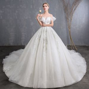 Affordable Ivory Wedding Dresses 2018 Ball Gown Off-The-Shoulder Short Sleeve Backless Appliques Lace Glitter Tulle Cathedral Train Ruffle