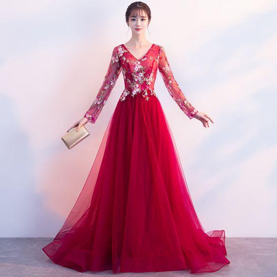 Rabatt Röd Aftonklänningar 2018 Prinsessa V-Hals Långärmad Broderade Rhinestone Svep Tåg Ruffle Halterneck Formella Klänningar