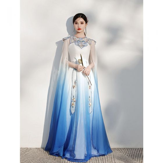 Chinese style Gradient-Color Pool Blue Silk Evening Dresses  2021 A-Line / Princess Scoop Neck Embroidered Short Sleeve Floor-Length / Long Evening Party Formal Dresses