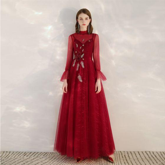 Vintage Rot Durchsichtige Abendkleider 2020 A Linie Stehkragen Lange Ärmel Applikationen Pailletten Perlenstickerei Lange Rüschen Rückenfreies Festliche Kleider