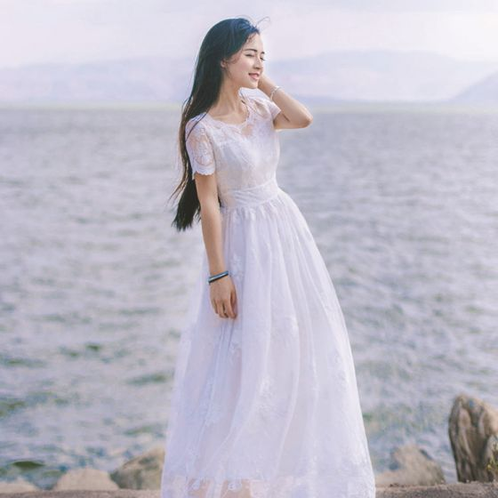 Elegant Ivory Summer Beach Maxi Dresses 2018 A-Line / Princess Scoop Neck Short Sleeve Appliques Pierced Lace Ankle Length Ruffle Womens Clothing