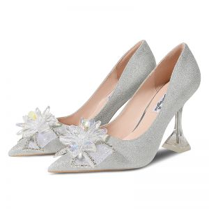 Charming Silver Wedding Shoes 2020 Sequins Crystal Rhinestone Bow 9 cm Stiletto Heels Pointed Toe Wedding Pumps