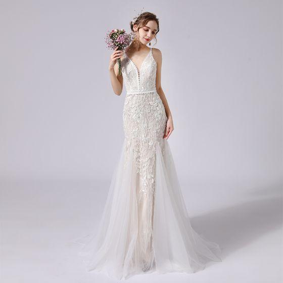 Charming Champagne Wedding Dresses 2021 Trumpet / Mermaid Spaghetti Straps Beading Lace Flower Sleeveless Backless Sweep Train Wedding