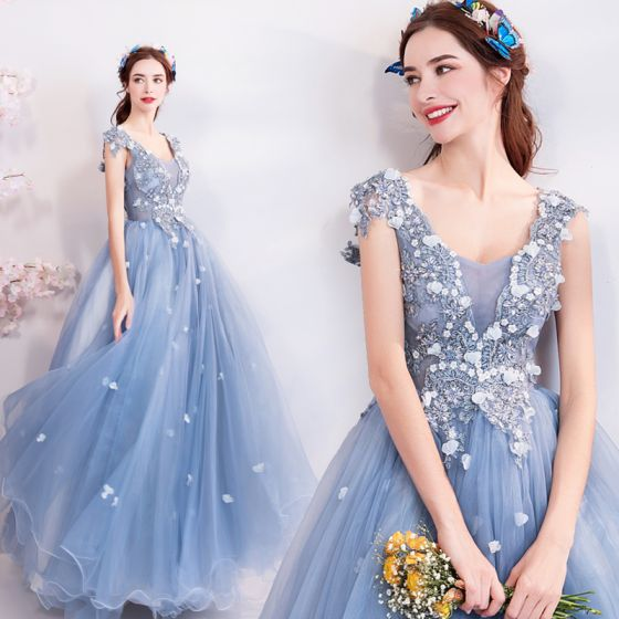 57139e0494 Elegant Sky Blue Prom Dresses 2018 Ball Gown V-Neck Sleeveless Appliques  Flower Rhinestone Crystal Beading ...