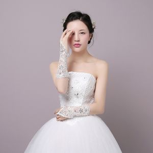 Chic / Beautiful White Wedding 2018 Tulle Lace-up Beading Bridal Gloves