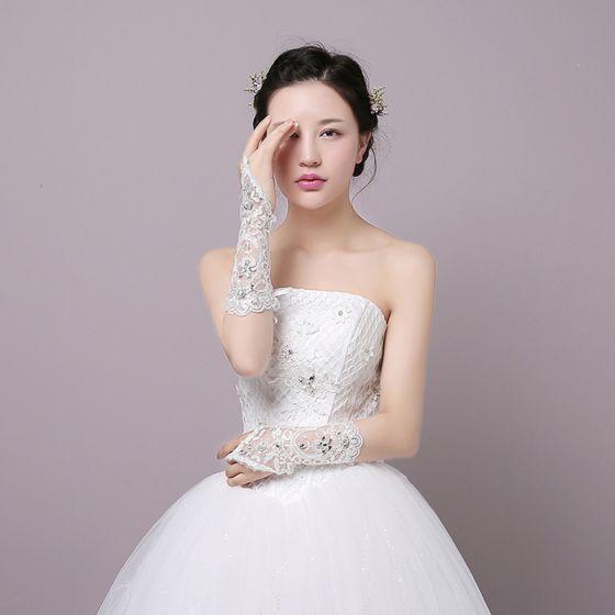 Chic / Beautiful White Wedding 2018 Tulle Lace-up Beading Bridal Gloves