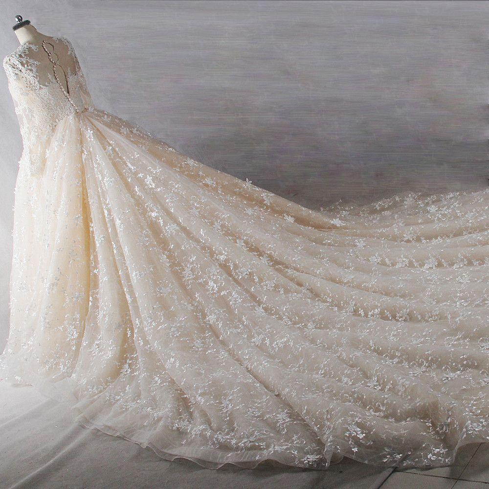 Edles Luxus / Herrlich Ivory / Creme Kathedrale Schleppe Hochzeit 2018 Lange Ärmel U-Ausschnitt Tülle Schnüren Applikationen Rückenfreies Perlenstickerei Perle Handgefertigt Ballkleid Brautkleider