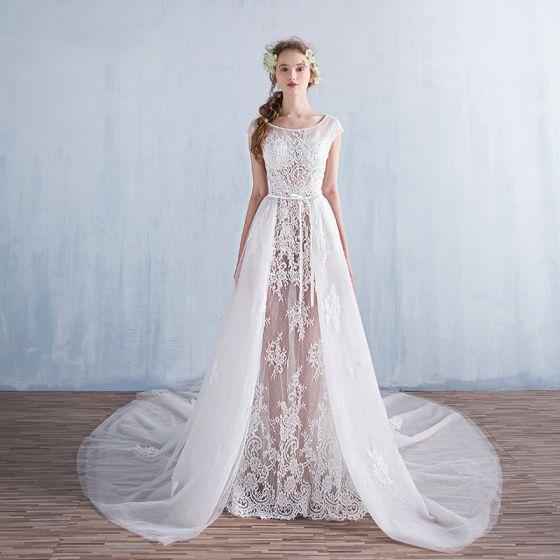 b815fab534f4 Mode Prinsessa Stranden Bröllopsklänningar 2017 Korta ärm Halterneck  Appliqués Vit Glittriga / Glitter Spets Rosett Skärp Avtagbar ...