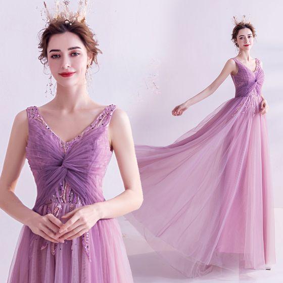 Snygga / Fina Purple Aftonklänningar 2020 Prinsessa V-Hals Beading Rhinestone Paljetter Ärmlös Halterneck Långa Formella Klänningar