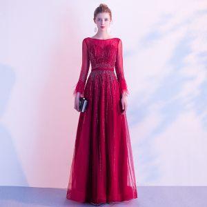 High End Rot Abendkleider 2020 A Linie Rundhalsausschnitt Perlenstickerei Kristall Pailletten Stoffgürtel Lange Ärmel Lange Festliche Kleider