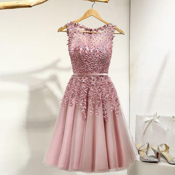 Piękne Wieczorowe Sukienki Wizytowe 2017 Strona Sukienka Koronkowe Kwiat Aplikacje Perła Wycięciem Bez Rękawów Cukierki Różowy Krótkie Princessa