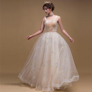 Romantyczny Szampan Zamszowe Sukienki Na Bal 2019 Princessa Aplikacje Z Koronki Plecy Bez Rękawów Długie Wzburzyć Bez Pleców Sukienki Wizytowe