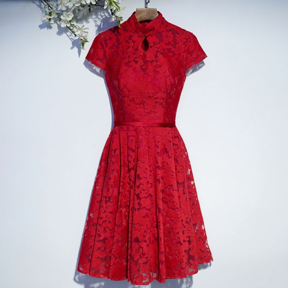 Chic / Beautiful Red Formal Dresses Evening Dresses  2017 Lace Flower Strappy High Neck Short Sleeve Knee-Length A-Line / Princess